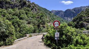 Durchfahrt verboten für Wohnmobile auf Korsika