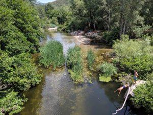 Flussbadestelle mit Gumpen bei Sarténe