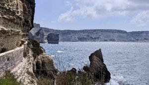 Panorama der Kalksandsteinküste Bonifacios
