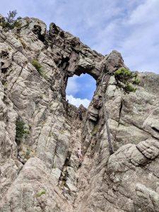 Trou de la bombe Korsika Süden Bavella Massiv