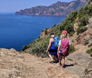 Wandern auf Korsika in die Bucht bei Girolata