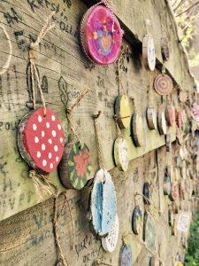 Wand mit Kunst auf dem Plein Montmartre in Zierikzee