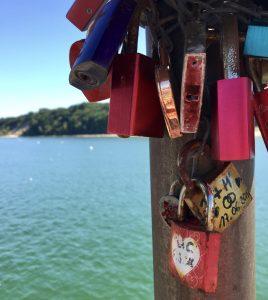 Schlösser an Seebrücke Göhren auf Rügen