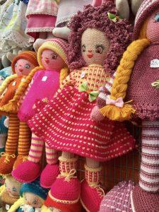 Handgemachte Puppen aus Litauen